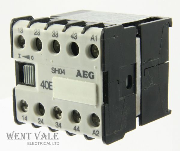 AEG SH04-910-302-043-58 -16a 40E 4 Pole Mini Control Relay 110vac Coil Un-used